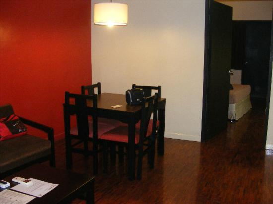 Copacabana Apartment - Hotel: Dining Area
