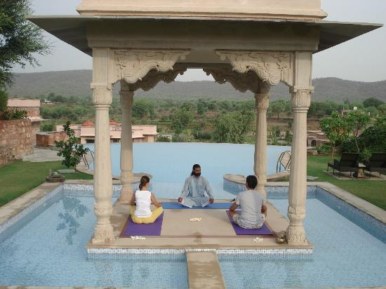 Tree of Life Resort & Spa, Jaipur: Yoga & Meditation at the Infinity Pool