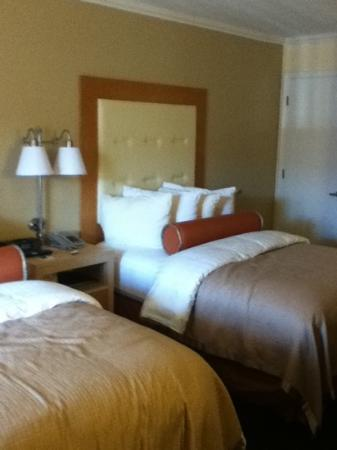 Millwood Inn & Suites: Room 128