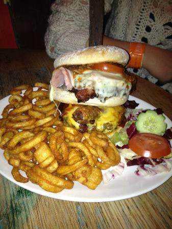 King Kong Burger... £10.45!!! - Picture of West Coast Rock ...