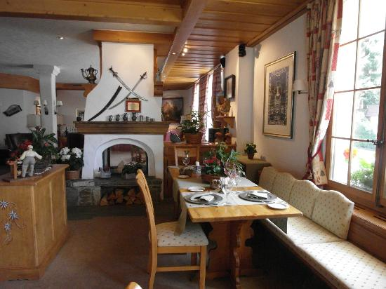 Hotel Le Grand Chalet: hall