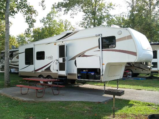Pigeon Forge KOA Kampground: Lot #95