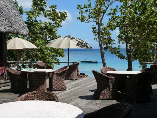 Ratua Private Island: Yacht Club dining area