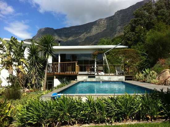 Cape Paradise Lodge and Apartments
