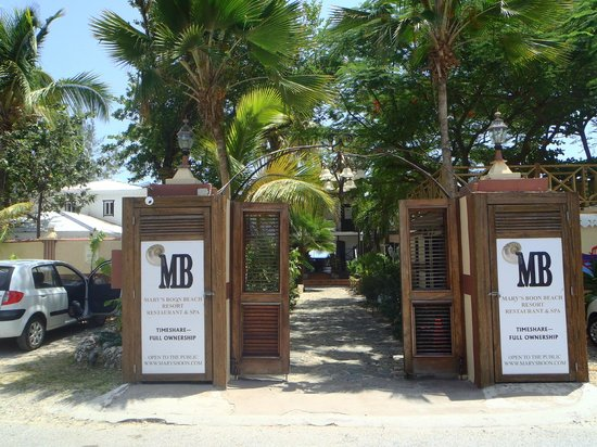 Mary's Boon Beach Resort and Spa: Front