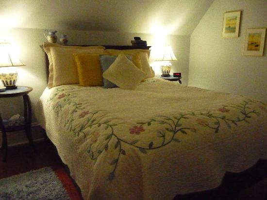 Country Stiles Bed & Breakfast: Beautiful quilts...