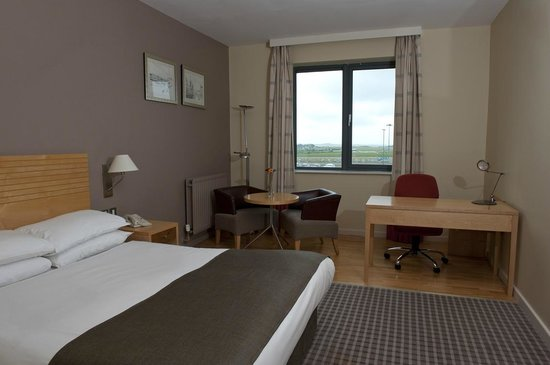 Park Inn by Radisson Cork Airport