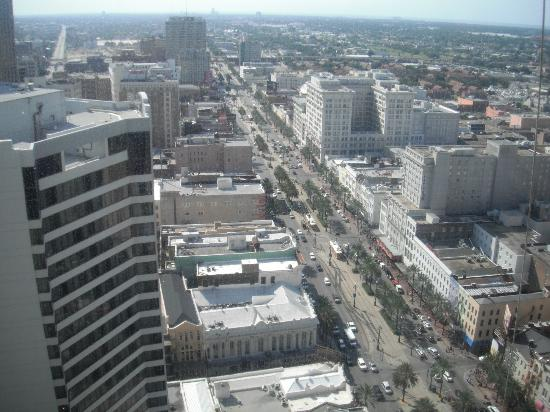 Sheraton New Orleans Hotel: View of Canal Street from room