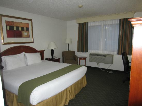 Holiday Inn Express Frederick: Room 132