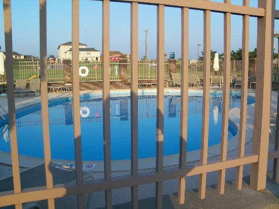 Holiday Inn Express Kitty Hawk Beach: outdoor pool