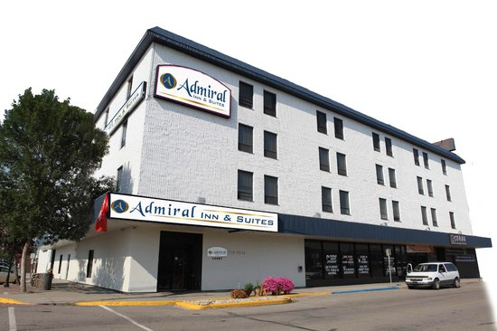 Admiral Inn & Suites