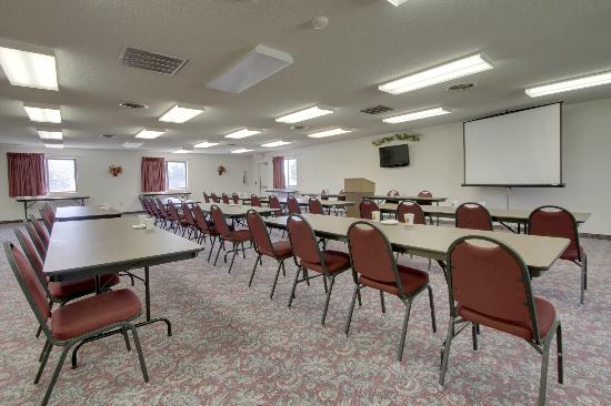 Super 8 Manhattan: Meeting Room-Classroom