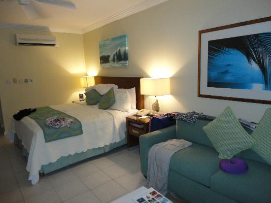 Turtle Beach by Elegant Hotels: Room
