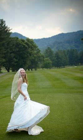Maggie Valley Club & Resort: Your mountain wedding destination!