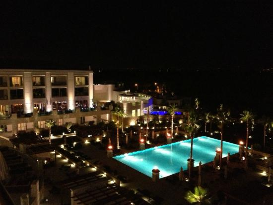 Conrad Algarve: Pool at night