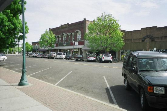 Walla Faces Inns at Historic Downtown on Main Street