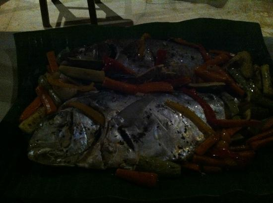 Pousada Picinguaba: grilled whole fish served for dinner