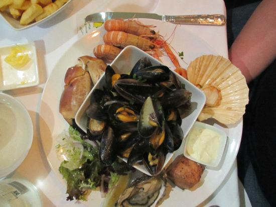 Port Appin, UK: seafood platter