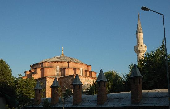 Villa Hagia Sophia: Kucuk Ayasofya mosque quite nearby