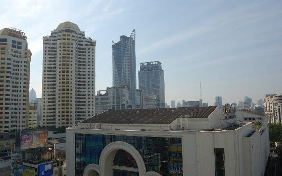 Centre Point Petchburi 15: view from non-smokign room