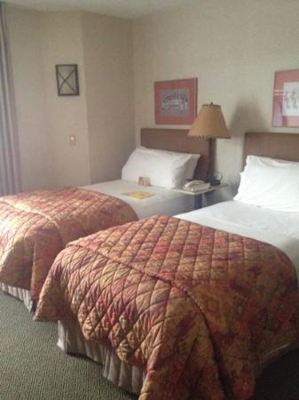 Inn At Santa Fe: single bed room
