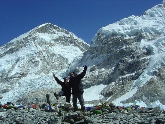 Sagarmatha National Park, Npal : Com meu guia na chegado ao Everest Base Camp