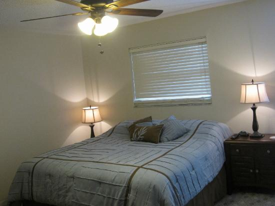 Sea Breeze Condominiums: Master Bedroom