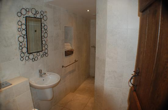 Morville, UK: Garden room en suite