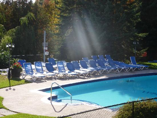 Windermere, Canada: Heated pool
