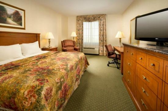 Drury Inn & Suites Columbus South: King Room