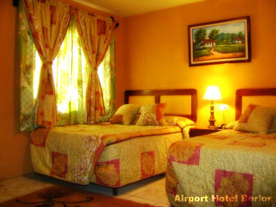 Airport Hotel Berlor: Taxes included in room rates