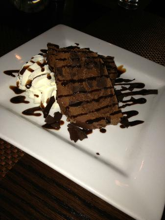 Hawthorne Hotel: Chocolate roulade at The Tavern