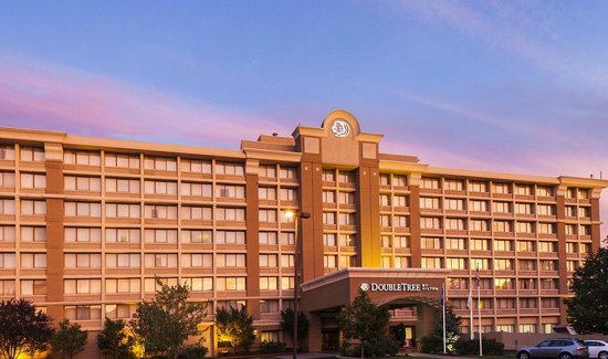 DoubleTree by Hilton Hotel Norwalk : Doubletree by Hilton at Exit 13, I-95.