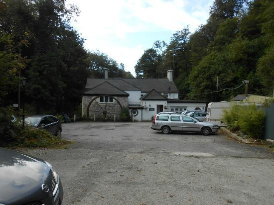 The Waterwheel Inn: View from the car park