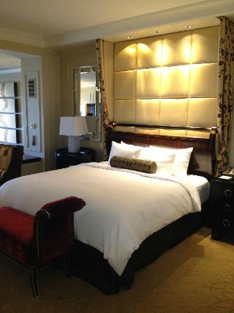 The Palazzo Resort Hotel Casino: Comfy bed!
