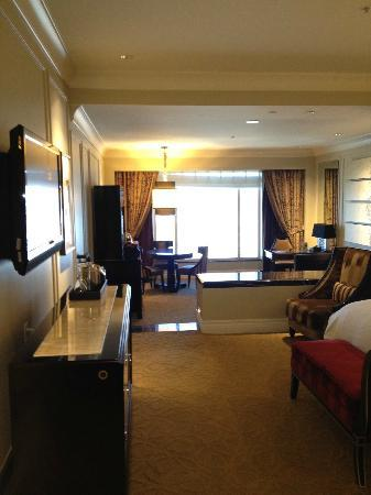 The Palazzo Resort Hotel Casino: View of room from hallway