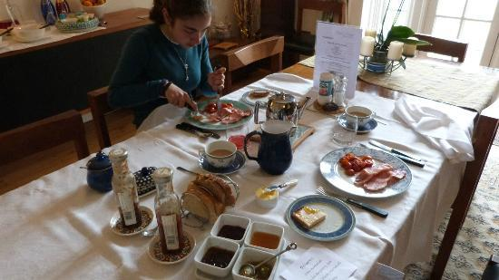 Glan y Dwr: The daily breakfast feast