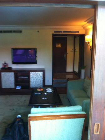 The Laguna, a Luxury Collection Resort & Spa: The Living Area