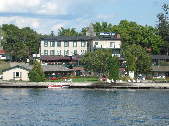 The Gananoque Inn and Spa: Taken from the Boldt Island Cruise Boat