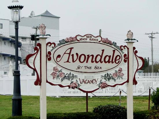 Avondale by the Sea: Sign