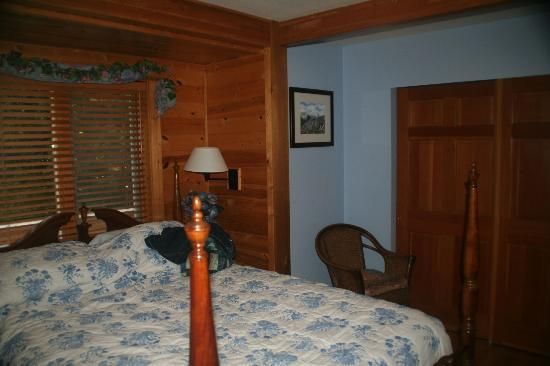 Moss Mountain Inn: Lani's room ensuite.