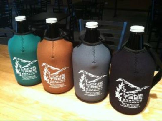 Lone Tree, โคโลราโด: Insulated growlers to take home favorite