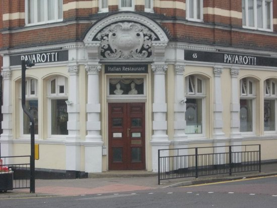 Pavarotti, 65 Hamlet Court Rd, Westcliff-on-Sea.