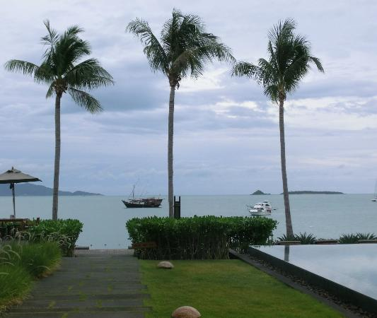 Hansar Samui Resort: view from the rooms and pool