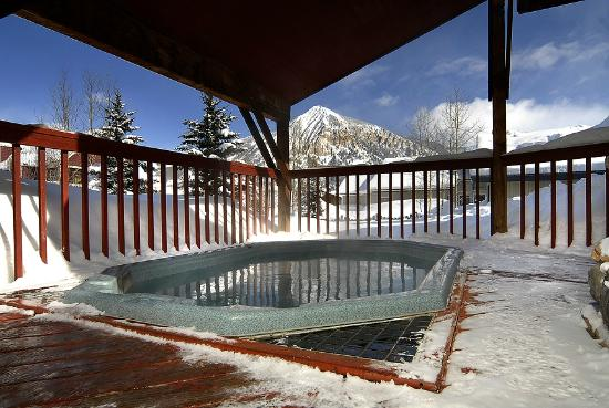 Cristiana Guesthaus: Outdoor hot tub