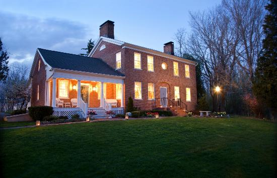 Bloomfield, NY: Abner Adams House at dusk