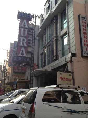 Hotel Aura: View from Arakashan road