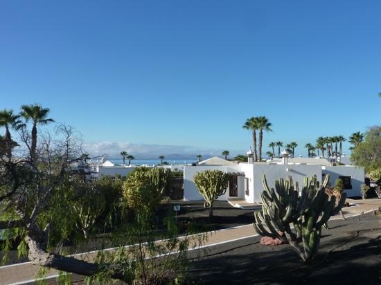 View from patio looking out to fuerteventura picture of for Hotel jardines del sol lanzarote