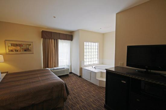 BEST WESTERN River Inn: Jacuzzi Suite