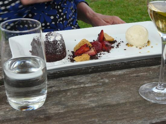 Amberley, New Zealand: The chocolate desert
